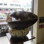 Com 20 kg, ovo de Páscoa de 1 metro é vendido por R$ 4 mil em Brasília http://t.co/0P9Jq8RuA3 #G1 http://t.co/HX3G8s6vKq