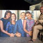Pervez Bhatti of a Karachi slum painted this for President @BarackObama n wants to present it to him @usconsulatekhi http://t.co/PkRpiiH2Kn