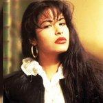 """""""@CNNMex: El legado millonario de #Selena a 20 años de su muerte http://t.co/JVlKsgC0OR (EFE) http://t.co/Wv1jlOCoK1""""/que haría ahora?"""