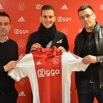 Its not April fools! I can confirm Im staying at Ajax! Today I signed a new contract until June 2019! http://t.co/IHsiw3jser