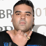 Naughty Boy attempts to explain nasty spat with Louis Tomlinson but ends up enraging fans http://t.co/Ms9dGl6cC1 http://t.co/HYMLGJDvzt