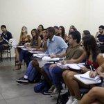 Universidade no Rio formará primeira turma de bacharéis em segurança pública. http://t.co/WDsvyMjucR [@OGlobo_Rio] http://t.co/dumgTZZp0y