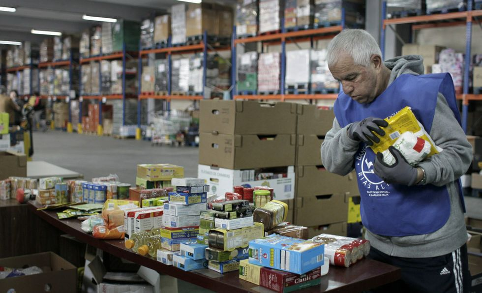 Retuitea esto, por favor :: El Banco de Alimentos Rías Altas necesita urgentemente leche http://t.co/MTbFHhHZw6 http://t.co/0QWygeRh6e