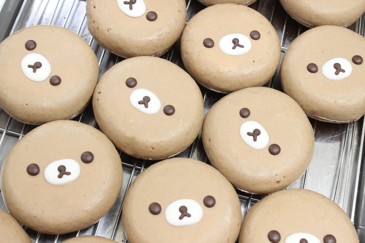 『イクミママのどうぶつドーナツ!』のイクミママです♪リラックマストア大阪梅田店にてイクミママのどうぶつドーナツ!とコラボを致しました、リラックマ、コリラックマ、キイロイトリのドーナツセットが明日4月2日より販売されます!! http://t.co/4qWLDlfMgu