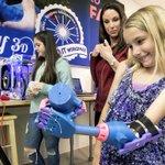 Menina de 7 anos ganha prótese de mão de R$ 50 feita por impressora 3D. http://t.co/U70rYHiaPy http://t.co/f4x11eehwt