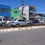 Carro fica preso no trilho de trem em avenida de Maceió http://t.co/1IWj1biCAu #G1 http://t.co/h9e2Fn5tD9