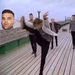 Louis to Naughty Boy be like: ???????????? I vote for #OneDirection #TheyreTheOne @radiodisney http://t.co/GE8dXcoYiY
