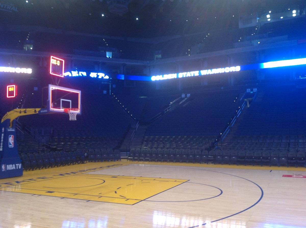 oracle arena empty Gallery