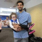 Willie Cauley-Stein Takes Lucky Young Lady To Lunch http://t.co/0dUoefDJaY http://t.co/nwdPWfztLI