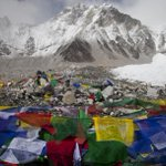 """Where is Nepalese Army?sleeping? """"@Newsweek:...Indian army is going to clean up Mount Everest http://t.co/WJLDYPU5uH http://t.co/qowHoYVuBY"""""""