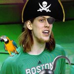 Kelly Aaarghlynyk for three. (Credit @kyoo) #Celtics http://t.co/V0HTy0sDq5
