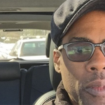 Chris Rock is taking a selfie every time he gets pulled over by the police http://t.co/vcu4SCVqaN http://t.co/TjnqWNl9n3