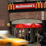 McDonalds raising employee pay above minimum wage at all company-owned stores: http://t.co/g12aOxOeIb http://t.co/EtlGE3Dp63