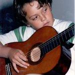 Un amore precoce per la musica #EmozioniTzn #Emozioni http://t.co/oOy3Ig7fPw