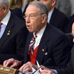 Senate Judiciary Committee chairman: Clinton emails likely broke the law http://t.co/5pNppdBAPn http://t.co/tnuEKdEIng
