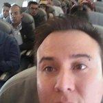"""""""@lasillarota: Captan a Felipe Calderón viajando en clase turista http://t.co/S8f56BpdMP http://t.co/sBOHGpqXJB"""" — lo dicho @Elcarrillazo"""