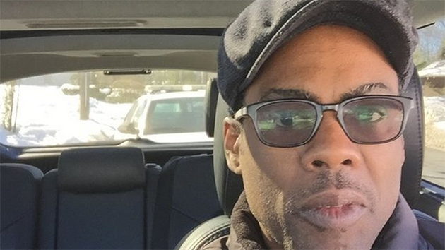 Chris Rock is taking a selfie every time he gets pulled over by the police http://t.co/vcu4SCVqaN