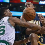 #Celtics defeat #Pacers, 100-87, at TD Garden in a battle of playoff hopefuls http://t.co/h8GLUvWXdR http://t.co/ur6hYke9fz