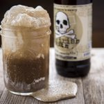 Meet the Salty Irishman, 1 of 3 new beer floats at Hit It Here. Irish Death Porter over Salted Caramel Ice Cream. http://t.co/pgu5xLg6Ym
