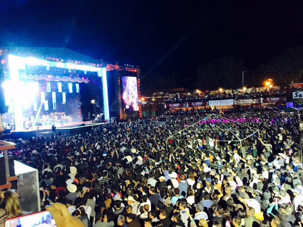 Felicidades a @MarcoASolis por su gran éxito en la apertura de la feria de primavera Jerez, Zacatecas!!! http://t.co/uvtRD3I12Z