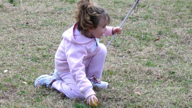 Dad creates beeping #Easter egg for blind daughter | @ashleydvo http://t.co/fAjjcL6Kbb http://t.co/G2RKR3XVw9