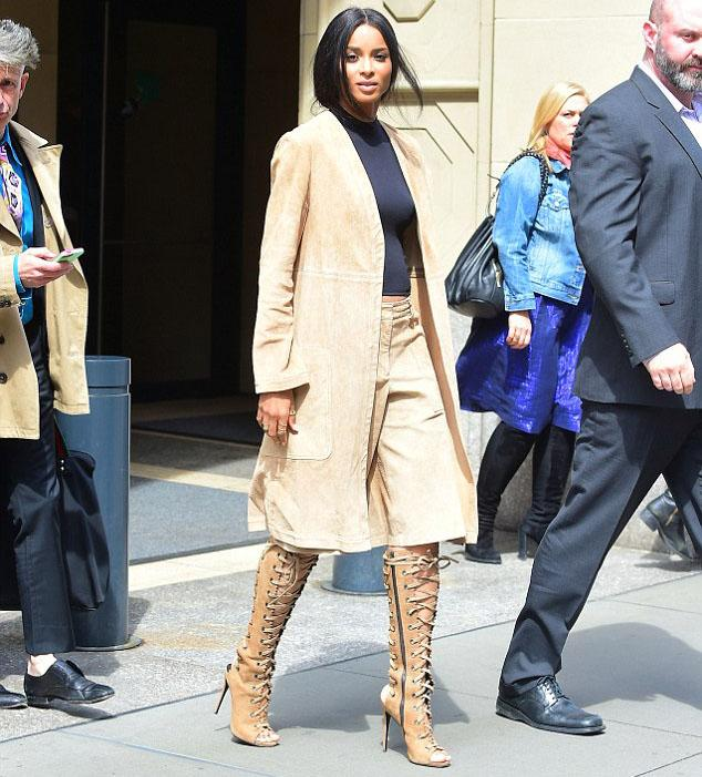 Ciara Rocks A Tomboy Chic At Theory Look On The Streets Of