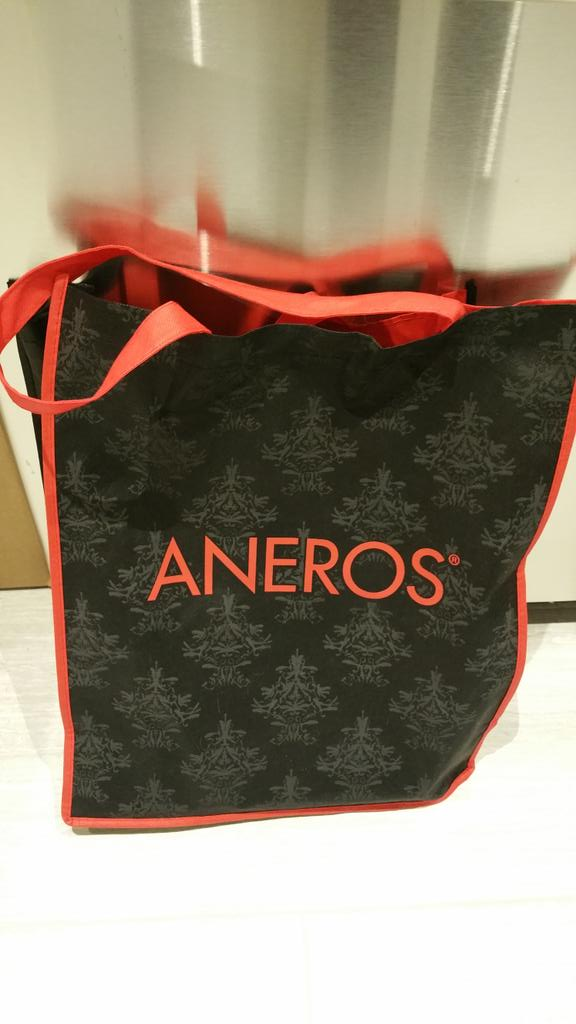Remember #ccon goers, use your @Aneros bag at the grocery store! Helps the environment & convo starter! @CatalystCon http://t.co/NwuvmjaGOS