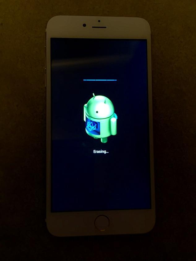 【悲報】中国のおっちゃんから2万円で買ったiPhone6Plus。リセットしたらAndroid君が回り始めました…。 http://t.co/ZnNkW4Na1l