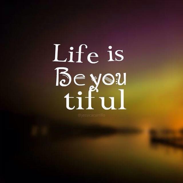 La Vida Es Bella Life Is Beautiful Happy Frases Scoopnestcom