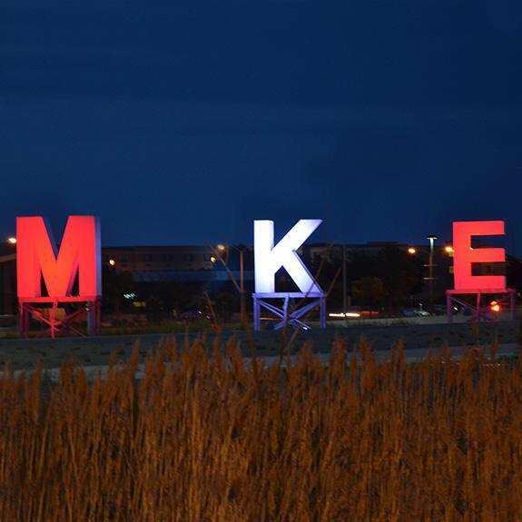 Looks like we will be keeping MKE dressed in red and white a few more nights! Go Badgers! http://t.co/5UR3Bndgcq