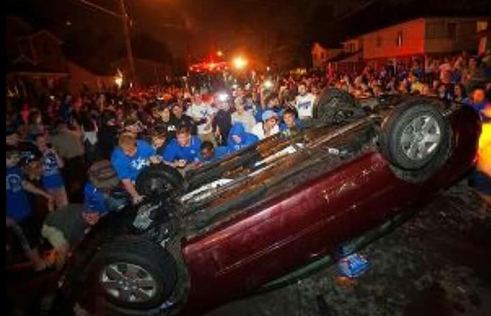 Where are the leaders condemning this lawlessness?  http://t.co/NtrPuuJJkg (Via @thewayoftheid) #Kentucky #riots