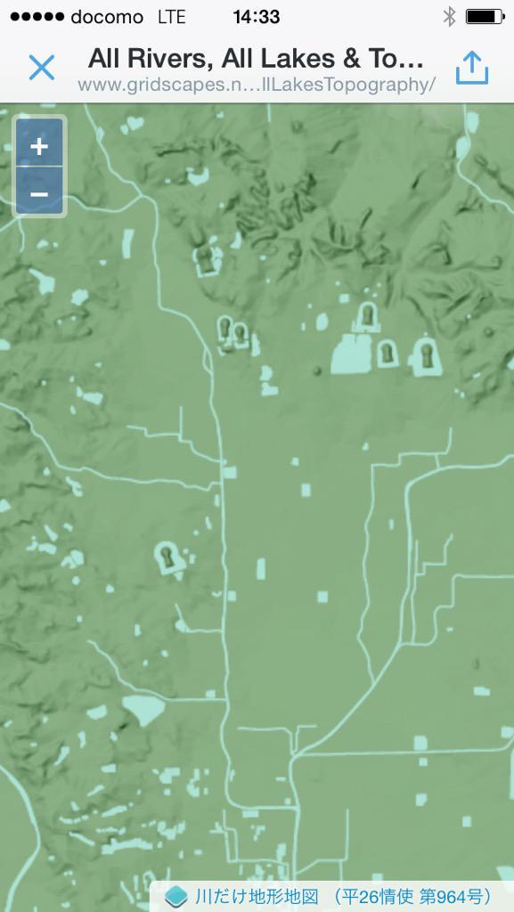 さきほどの@vec2ras さんの「川だけ地形地図」の地図で奈良見てます。楽しすぎで止められないw。http://t.co/rnKcoicqOH http://t.co/0a4qRRwHo8
