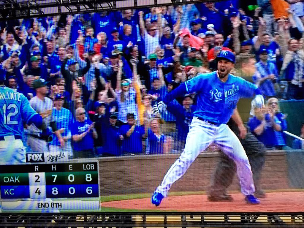 How much fun is this, #Royals fans? And this comeback is just ruining @kkwhb's next 3 shows. http://t.co/RNgU2gsAfD