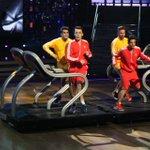 Dançar em cima de passadeiras rolantes. Quem nunca? xD #dcae http://t.co/QaarmmABqv