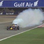 FINAL LAP: Ricciardo puffs out smoke as he passes the checkered flag #BahrainGP #F1atTwilight http://t.co/ETBajlTuwG