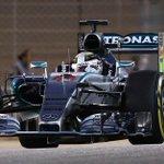 . @LewisHamilton gana el Gran Premio de Bahrein #F1 #DeportesEC http://t.co/QfZuoEi3V1