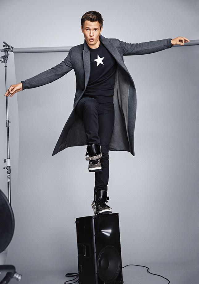 .@AnselElgort, el nuevo Leonardo DiCaprio gracias a 'Bajo la misma estrella' http://t.co/xgUvpqPwcz http://t.co/EpAwh3gOvE