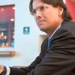 """""""@Informacion_Uce Lorenzo Mendoza: Yo estoy con aquellos que no pueden irse para ningún lado http://t.co/IE8pv59eYE http://t.co/VyxgKOQdBY"""""""