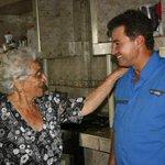 Gracias por ese sancocho tan sabroso en casa de Chucha Arias, familia y vecinos en la Isabelica !! http://t.co/BY6yEUHfHH