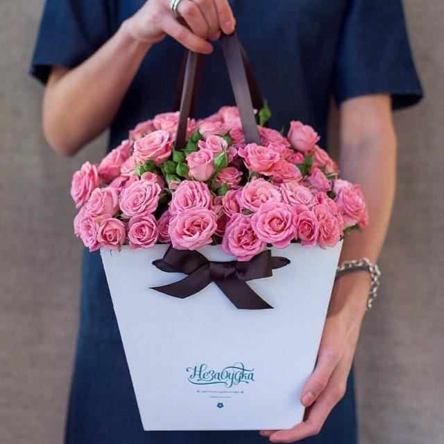 Цветы в пакете своими руками