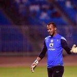 خالد شراحيلي سابع مباراة على التوالي و 715 دقيقة مُتتالية في الدّوري بدون إستقبال أي هدف ???????? #الهلال http://t.co/d3XFWmb0yf