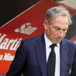 +++ #Cagliari - Gli ultrà irrompono nel ritiro: minacce e schiaffi a giocatori e staff +++ http://t.co/0mqjgBHyH8 http://t.co/vPKBPLXd8S