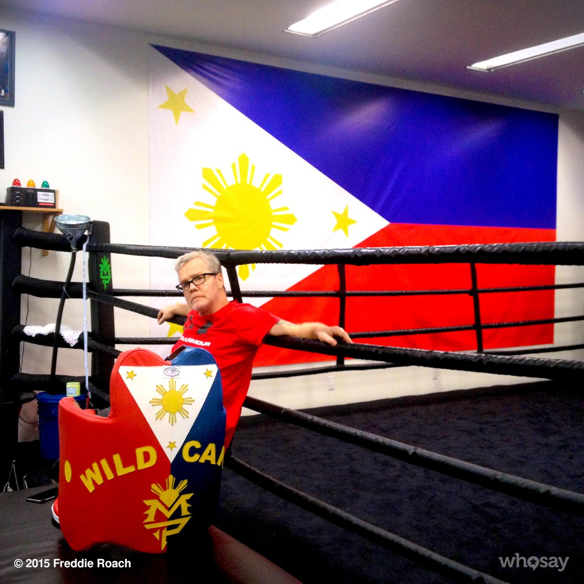 .@mannypacquiao got a new flag for the gym http://t.co/WcOMSR3Fgh