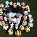 Léo Messi  «À chaque triplé, je demande à mes coéquipiers de signer le ballon car sans eux je ny arriverai pas» http://t.co/XZnJlwioDe