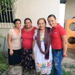 Continúo recorriendo las calles de #FelipeCarrilloPuerto visitando a mi gente bonita. Saben que #CuentanConmigo http://t.co/aE7gFf4o0C