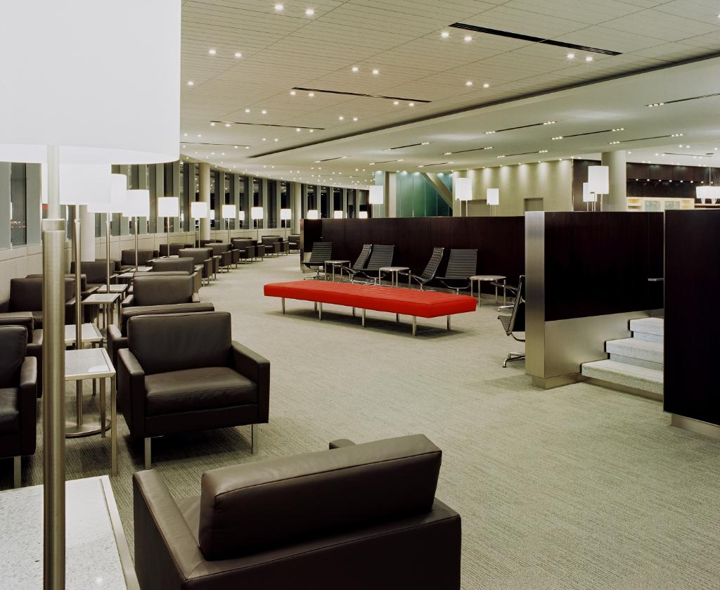 Sit back, relax & enjoy the serenity of the cell-free quiet zones @ select Maple Leaf Lounges: