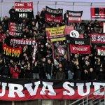 """Curva Sud:""""Dear Presiden! Tidak ada yang lebih penting bagi kami kecuali Milan"""" http://t.co/p0EOySHzy0"""