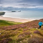 We know Wales is stunning...and these pictures of the Wales Coast Path just prove it http://t.co/7dI7KCkjE0 http://t.co/PUgZSP1Cnc