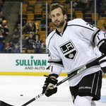 Report: Kings player Jarret Stoll arrested for cocaine, MDMA possession in Vegas http://t.co/2GXInrplbm http://t.co/CQeIvD2liT