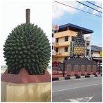 :Dua buah berbeza di dua tempat berbeza. Kat mana ya? http://t.co/DbzALsqbgP